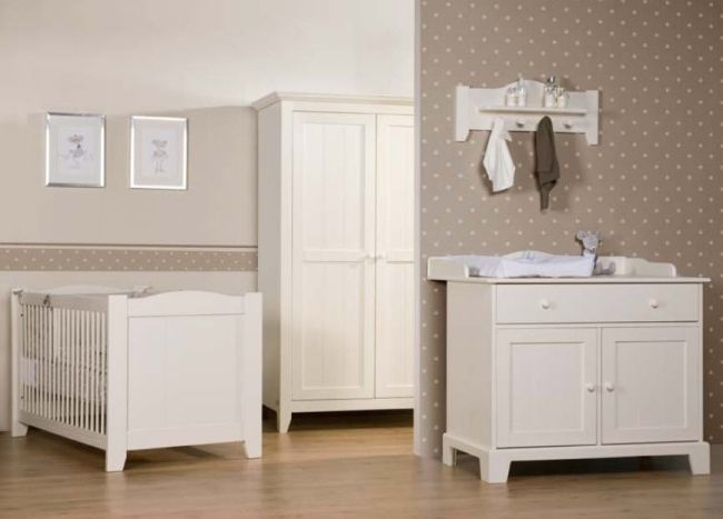 Elegant Wenn Sie das Babyzimmer komplett gestalten m ssen sehen Sie sich unsere Designs an die moderne M bel und klassische Farben vorstellen Die Babym bel