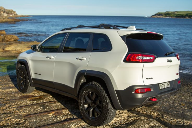 2015 Jeep Cherokee Trailhawk - BF Goodrich T/A KO2 245/70R17 just having an afternoon sunbaked by the water.