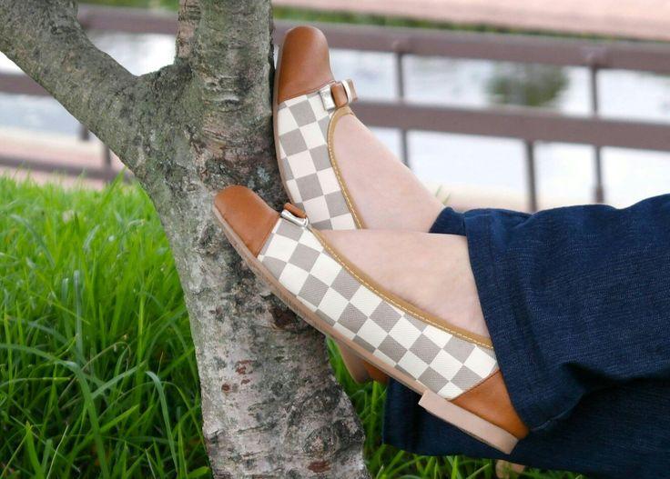 Si buscas comodidad, calidad y diseño, en #bottinobz te ofrecemos las mejores #baletas  #FelizLunes  #zapatos #moda #colombia #online #bolso
