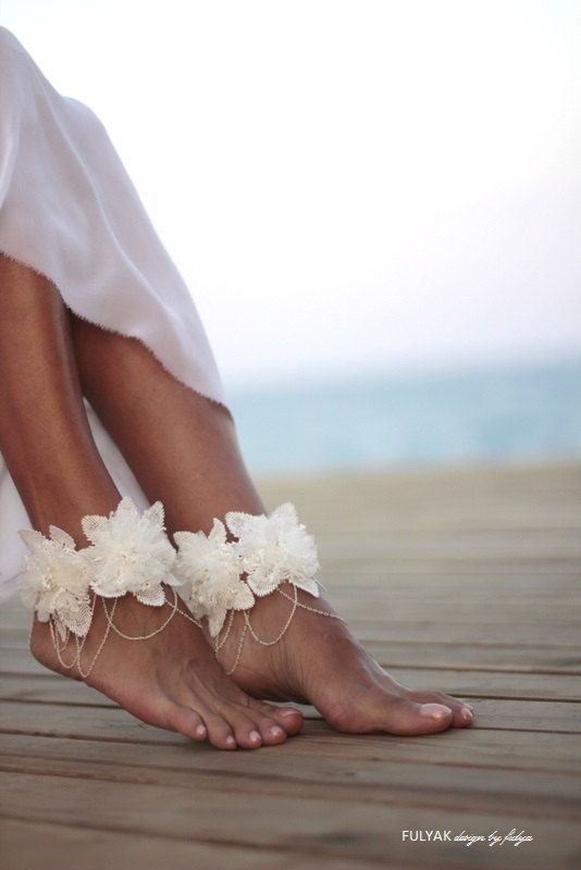 White flowers tangled on white chain barefoot sandal by FULYAK