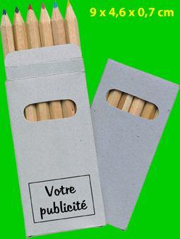 Remarquable prix pour ces crayons publicitaires pas cher trouvé sur http://www.clossetcadeaux.com/crayon-publicitaire.htm . Ces crayons Pub sont vendus à 0,40 pièce par 250 avec votre personnalisation en tampographie, il faut juste ajouter la tva et le transport, vous obtiendrez un crayon publicitaire pas cher pour faite patienter les enfants chez la coiffeuse, au restaurant, chez le docteur...