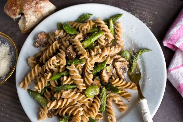 Whole-Grain Pasta With Mushrooms — I make something kind of simliar but I need to use more asparagus in my life...and more whole grain