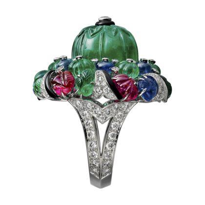 Bague Haute Joaillerie Platine, émeraudes, saphirs, rubis, onyx, diamants