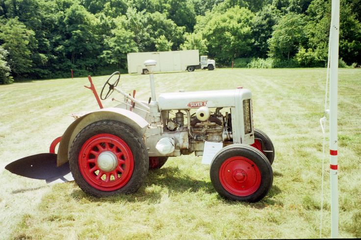 Silver King tractor with 1 bottom plow