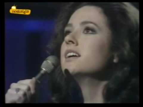 1974 - Italy - Gigliola Cinquetti - Si (2nd place)