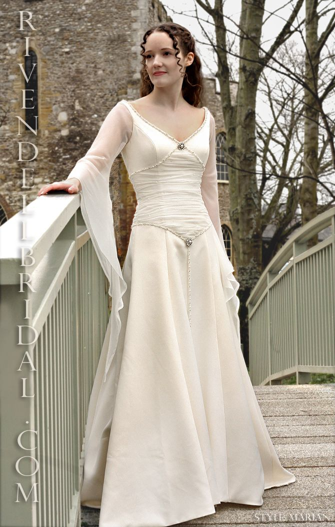 Ok I Never Wanted A Costumey Wedding Gown But This Is Beautiful