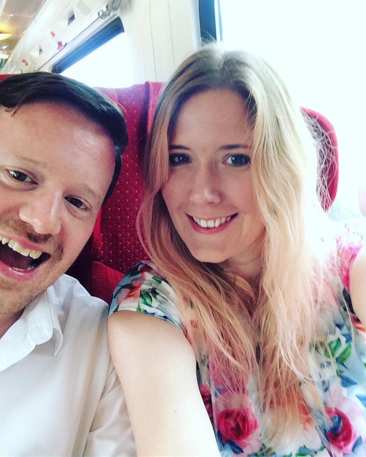 Making our way to Leicester for the Hughes-Fernandes wedding extravaganza and we are EXCITED!  obvs so much that I can't even frame this pic correctly #framingfail #whocares #weddingday #happy #