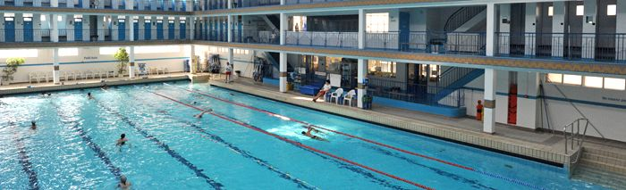 Piscine pontoise fitness pas la plus propre mais belle for Belle piscine paris