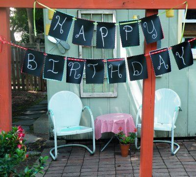 no-sew chalk cloth bunting. aka reusable! would be cute to frame out the chalkcloth with pretty fabric.