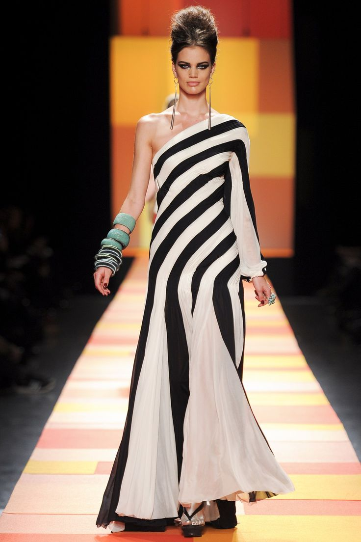 1000 images about jean paul gaultier on pinterest - Best runway shows ...