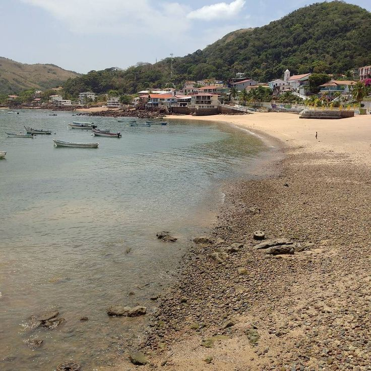 #sundayfunday: Taboga island for some R&R just 30 minutes from the city