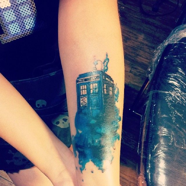 unicornpukingrainbows - doctor who tattoo                                                                                                                                                     More