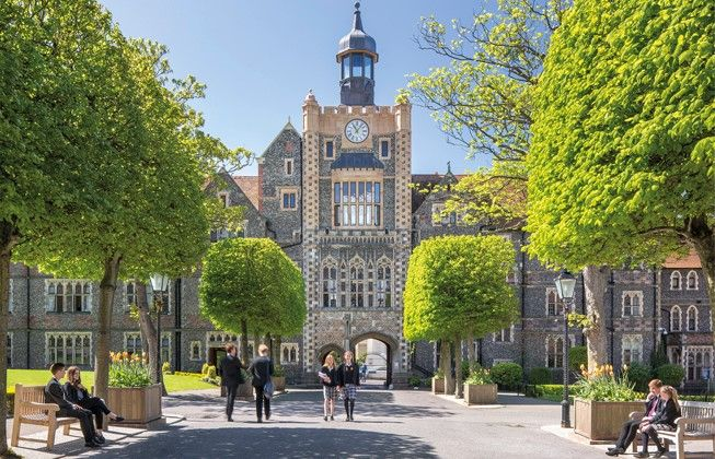 """""""Brighton College is the leading co-educational school in England"""" The Sunday Times 2017 #toptencoedboardingschoolsinEngland #top20boardingschools #topboardingschoolsUK #sixthformboardingschools  http://best-boarding-schools.net/school/brighton-college@-brighton,-east-sussex,-uk-72#.WqGQC8bOPow"""