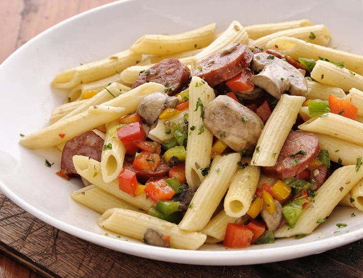 Chourico, mushrooms, peppers and chilli pasta