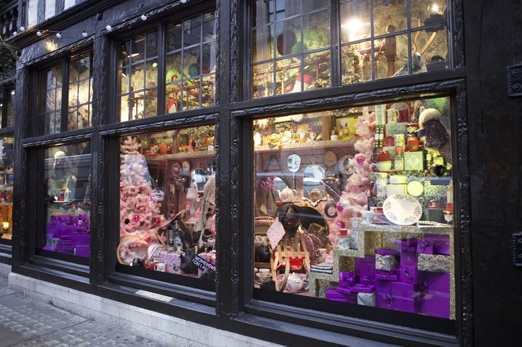 @libertylondon on #RegentStreet has every luxury there is to offer. Will you be lucky enough to find an iconic Liberty London bag under your tree this #Christmas?