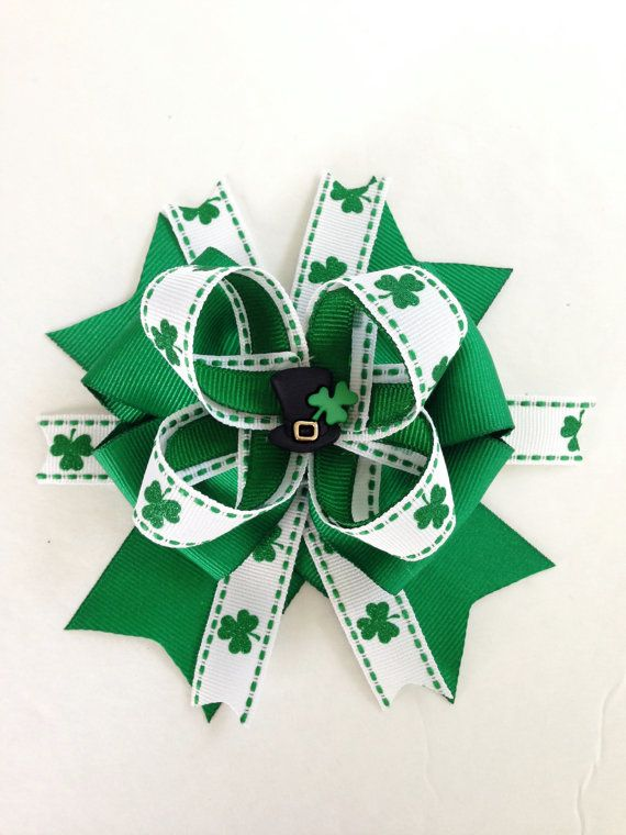 St. Patrick's Day Hair Bow / St Patty's Day Hair Bow / Green Hair Bows / Hair Bows / March Hair Bows / Lucky Charm Hair Bows / St Patrick's on Etsy, $6.49