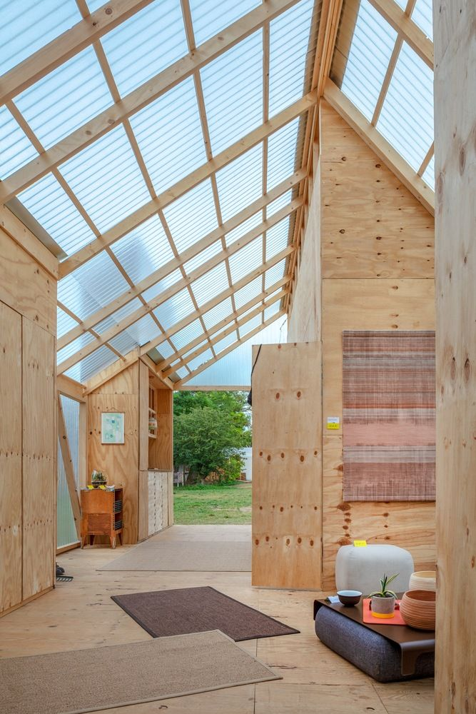 Gallery of Students Construct 7 Innovative Tiny Cabins at Hello Wood's 2018 Cabin Fever Retreat – 3