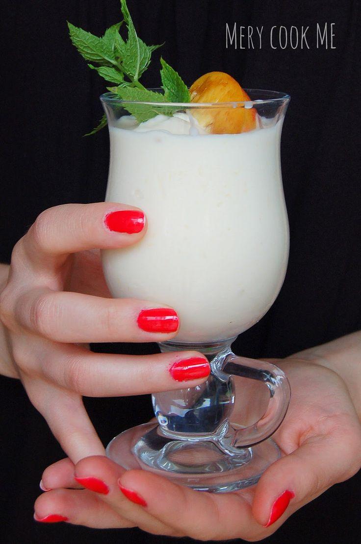 Mery cook me :): Mrożony jogurt brzoskwiniowy