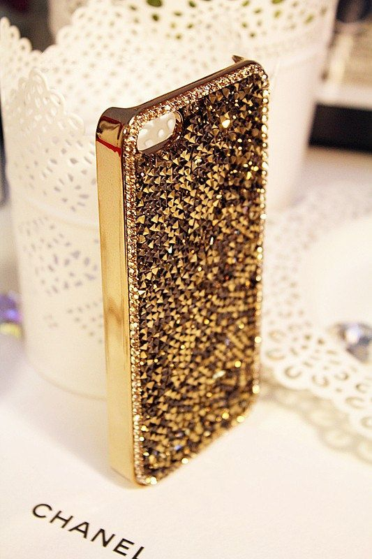 Hey, I found this really awesome Etsy listing at http://www.etsy.com/listing/164897825/gold-bling-iphone-cases-rhinestone