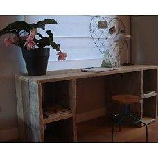 PURE wood design PURE bureau van steigerhout met vakken