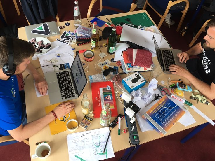 Nach dem #woodhack ist vor dem woodhack. Unser PR Manager Christian berichtet auf unserem Blog über seinen ersten Hackathon.