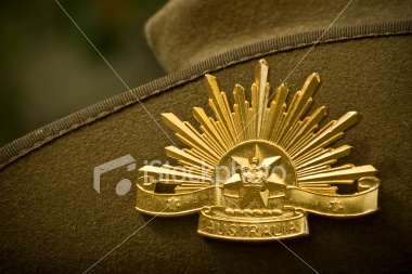 Australian Army Digger Hat with Badge