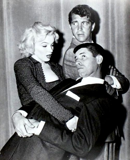 Dean Martin, Jerry Lewis and Marilyn at the Redbook Magazine Awards, 1953.