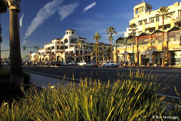 Main Street and PCH In Huntington Beach...yep ..pacific ocean just off to the left :)