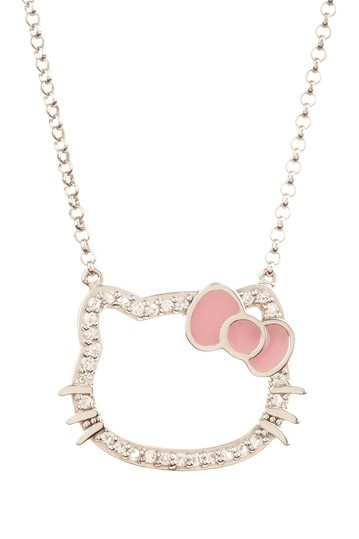 I love, love, LOVE the HK Silhouette jewelry. The clasp of this necklace has a little bow charm on it. So cute!