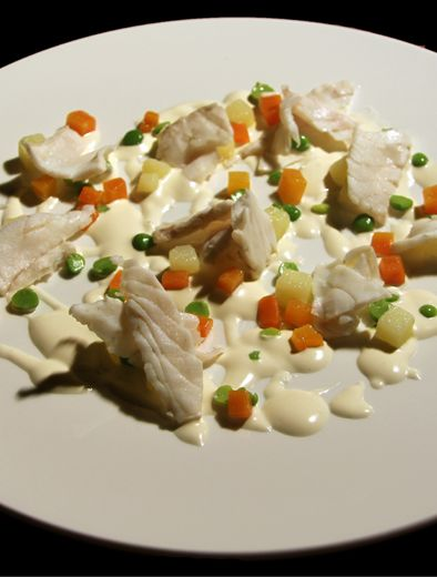 """Fool Food: """"Branzino Sfogliato con verdure alla russa"""" di Gualtiero Marchesi   http://foolmagazine.com"""
