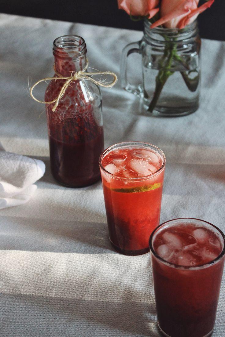 Grapefruit & blackberry mocktail drink