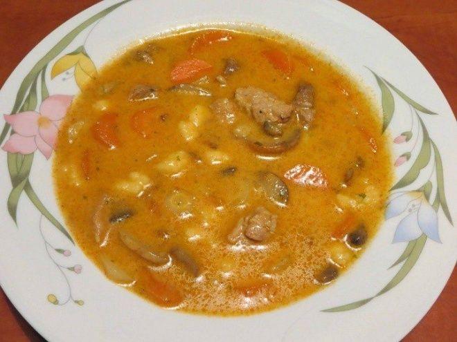 Hihetetlenül finom favágó leves