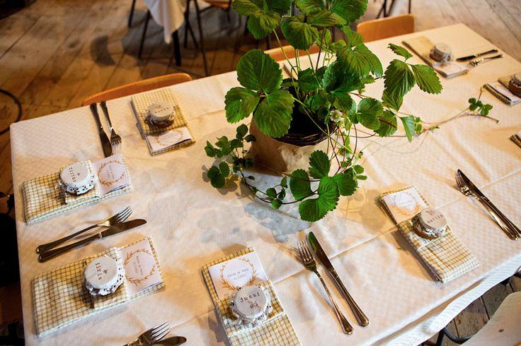 Tradiotional Finnish Weddings   Photographer: Oka Morikawa
