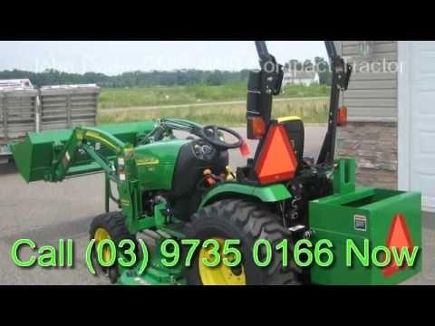 John Deere 2520 4WD Compact Tractor