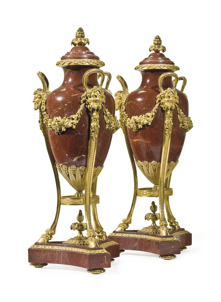 date unspecified A PAIR OF FRENCH ORMOLU-MOUNTED R…