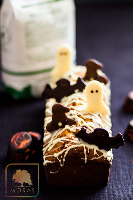 Plum cake fantasmini
