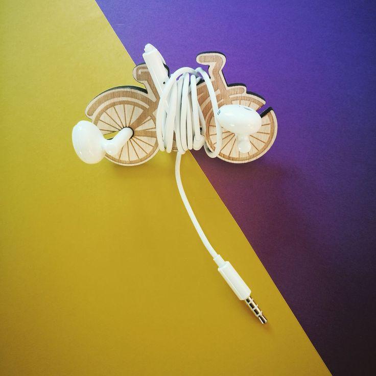 lasercut headphones holder earphones wood handmade illustration bicycle eco design #lasercut #headphones