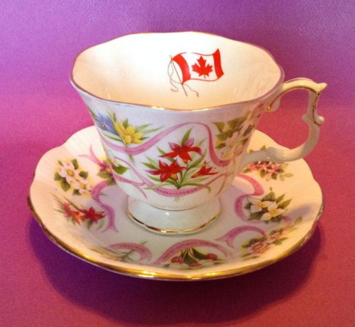 Royal-Albert-Canada-Our-Beloved-Emblems-Pedestal-Tea-Cup-And-Saucer