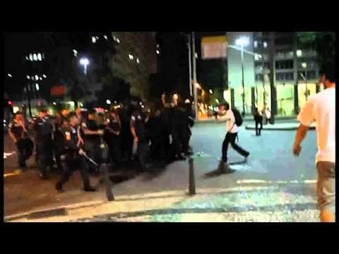 Hino à Rua -- Canção das manifestações de junho e julho (2013) - Clipe c...