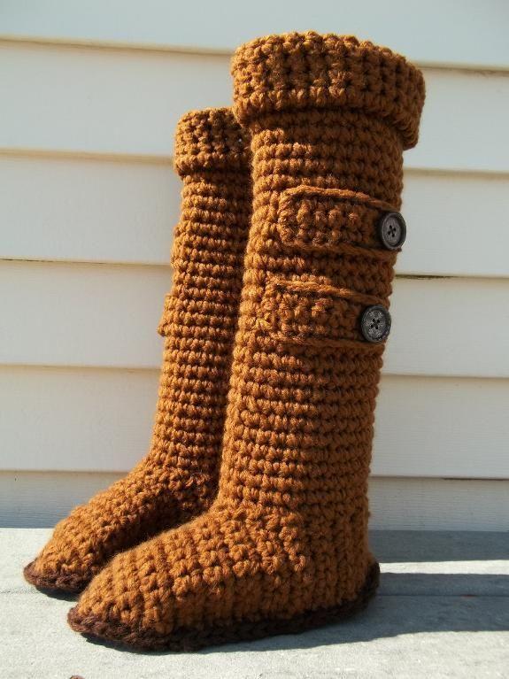 Knee High Ugg Slipper Boots: free pattern link