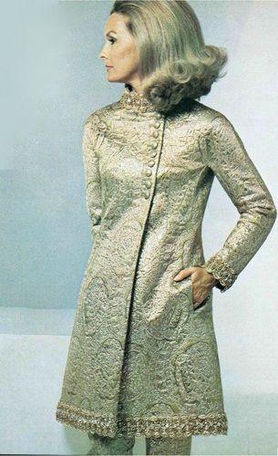 1967 Dina Merrill, Soprabito di Valentino, Pantaloni di Valentino