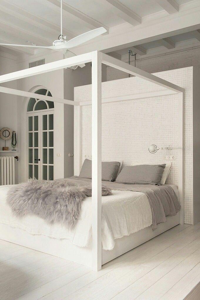 Oltre 25 fantastiche idee su stanze da letto su pinterest - Foto letto a baldacchino ...