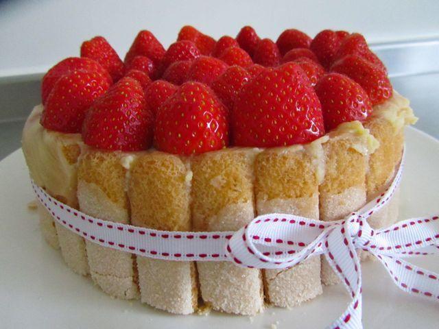 Sim kookt: Aardbeiencharlotte van Kim