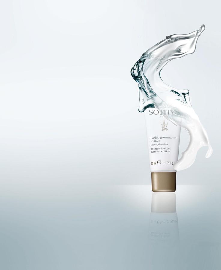 NIEUW VAN SOTHYS: GELEE GOMMANT VISAGE: Deze nieuwe scrub heeft een magische en innovatieve textuur. Het gel product smelt op uw huid zodra de olie en melk in contact komen met water. Voor een diepe reiniging.