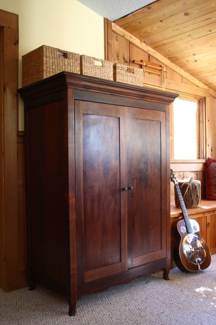 Best 17 Best Images About Sewing Armoire On Pinterest Craft Space The Doors And Cabinets 400 x 300