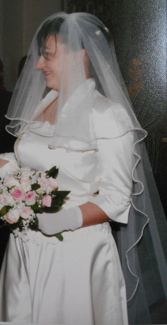Giacchetta da sposa in duchesse di seta avorio con di BIELLESTYLE