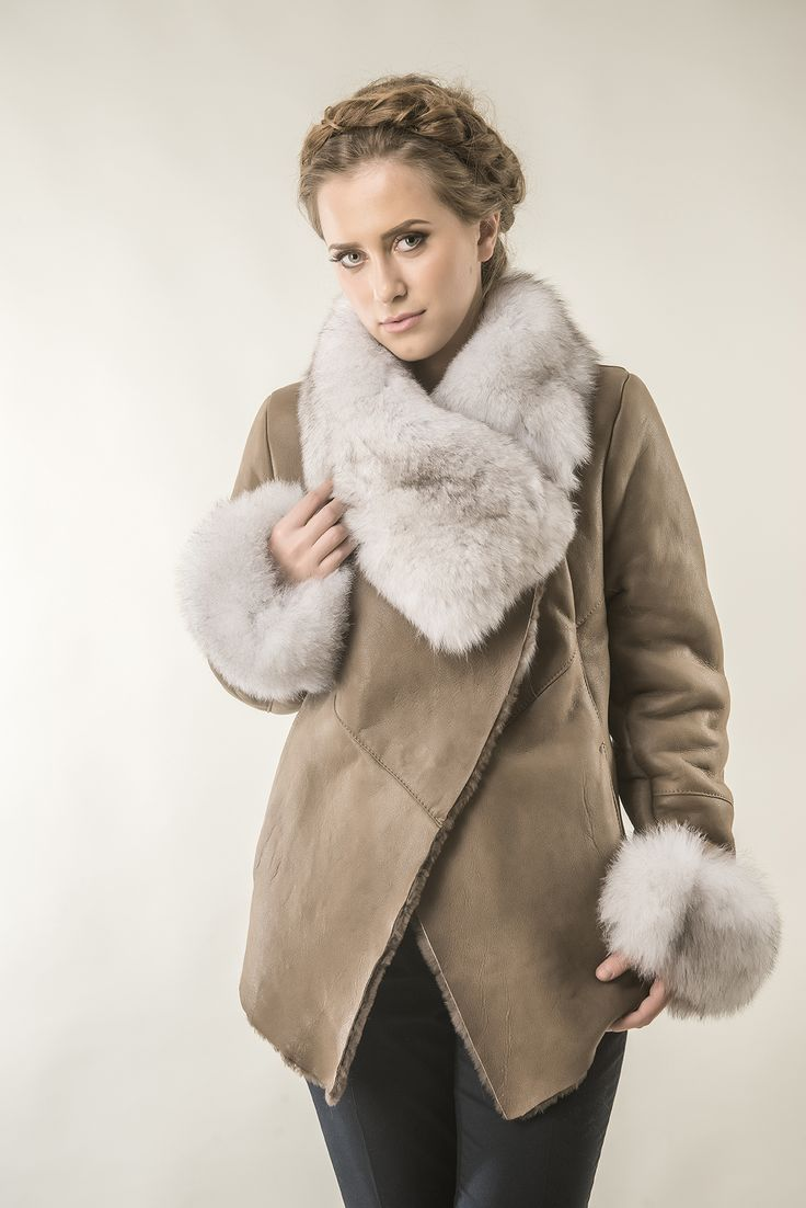 Womens fur coat 235V taupe