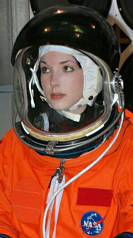 137 best Women in spacesuitspressuresuits images on
