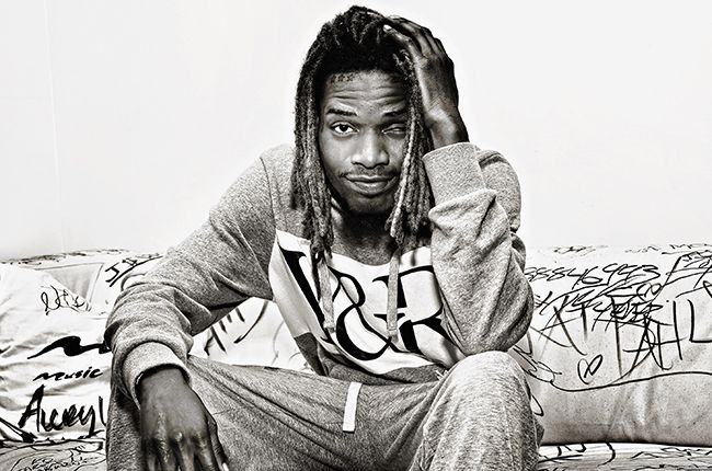 """Follow us #imadeufamousww @email imadeufamous@gmail.com Someone on Twitter just LEAKED a d*ck pic of rapper FETTY WAP. The pic was posted last night – in the midst of the sextape scandal. According to one Twitter user, the """"sextape"""" did not do Fetty's MANHOOD justice – so this pic was leaked.\\ Here is the pic of …"""