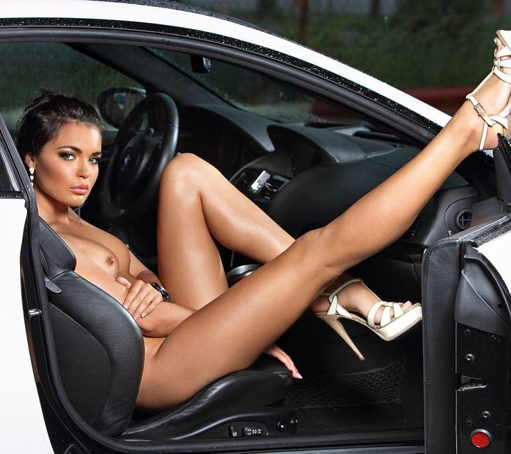 Hot Naked Girls On Cars